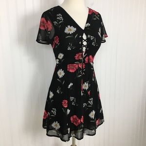 Forever21 floral mini dress lace up lined black S